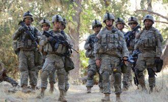 Δυνάμεις της αμερικανικής Εθνοφρουράς αναπτύσσονται στα σύνορα με το Μεξικό