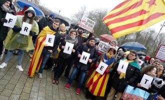 Διαδήλωση στο Βερολίνο υπέρ του Κάρλες Πουτζδεμόν