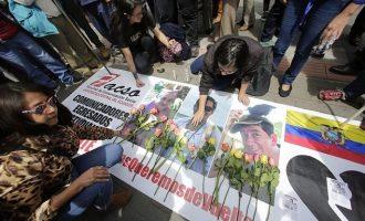 Νεκροί βρέθηκαν δύο δημοσιογράφοι που είχαν απαχθεί στην Κολομβία
