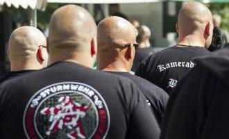 Spiegel: Yπάρχουν δεκάδες νεοναζί στη γερμανική αστυνομία και το στρατό