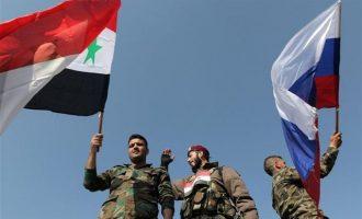"""Γιατί οι Ρώσοι νιώθουν οργή αλλά και """"ανακούφιση"""" για τον βομβαρδισμό στη Συρία"""
