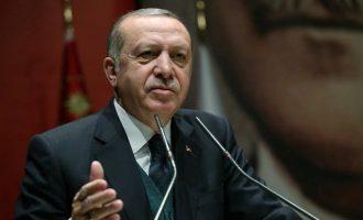 """Νομοσχέδιο για την εξάρθρωση των εχθρών του κατέθεσε ο Ερντογάν – Το βάφτισε """"αντιτρομοκρατικό"""""""
