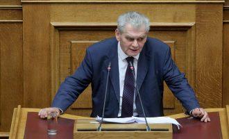 Παπαγγελόπουλος σε Σαμαρά: Κουτσαβάκια δεν έχουν θέση στη Βουλή (βίντεο)