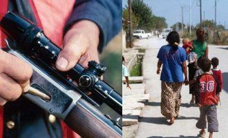 Παραδόθηκε ο 34χρονος που σκότωσε με καραμπίνα 13χρονη Ρομά στην Άμφισσα