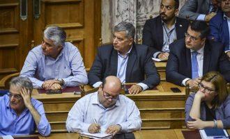 Η κυβέρνηση θέλει να αλώσει την Αυτοδιοίκηση, λέει ο Πατούλης