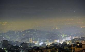 Το νέφος της φτώχειας και της οικονομικής κρίσης σκέπασε την Αθήνα