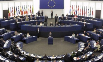 Το Ευρωπαϊκό Κοινοβούλιο με ευρεία πλειοψηφία ψήφισε υπέρ των κυρώσεων στην Τουρκία