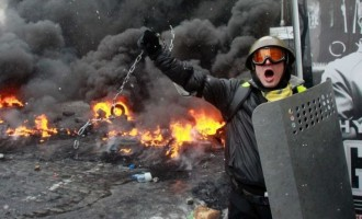 Κλιμακώνονται οι επιθέσεις κατά Ελλήνων στην Ουκρανία, που είναι ο Βενιζέλος;