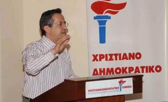 Επιστρέφει στο γυαλί ο Ν. Νικολόπουλος αλλά δεν λέει σε ποιο κανάλι