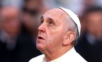 Πάπας προς χριστιανούς: Βοηθήστε τους μουσουλμάνους – Καταδικάστε την τρομοκρατία