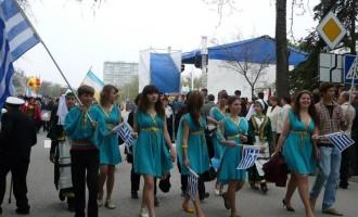 Ο Πούτιν θα αποκαταστήσει τα δικαιώματα των Ελλήνων της Κριμαίας