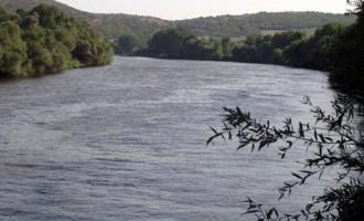 Χάθηκαν στον ποταμό Έβρο μια γυναίκα και τρία παιδιά