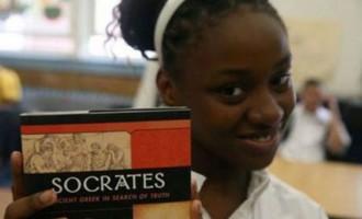 Ελληνοαμερικανίδα δασκάλα διδάσκει στο Χάρλεμ την Ελληνική Γλώσσα