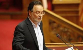 Με σκληρή γραμμή ο Λαφαζάνης ζήτησε άμεσα εκλογές