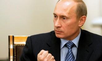 """Βλάντιμιρ Πούτιν: Το διαδίκτυο είναι """"σχέδιο της CIA"""""""