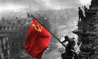 Συλλαλητήριο αλληλεγγύης στον ουκρανικό λαό από την ΑΝΤΑΡΣΥΑ