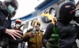 """Ο ΟΗΕ δεν """"βλέπει"""" τα εγκλήματα των ναζί του Κιέβου"""