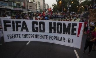Συνεχίζονται οι βίαιες διαδηλώσεις κατά του Μουντιάλ στη Βραζιλία