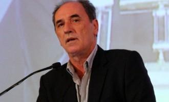 """Ο Σταθάκης αποκαλύπτει τον """"διαιτητή"""" για τη ρύθμιση των δανειών"""