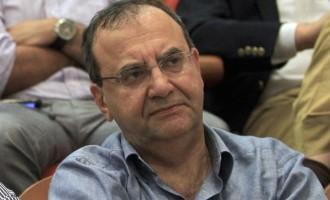 """Στρατούλης: Η κυβέρνηση συνεχίζει να """"δουλεύει"""" τους ανέργους"""