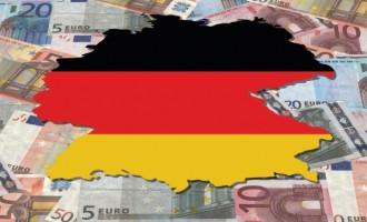 Αρχίζει να τον «πίνει» η γερμανική βιομηχανία – Πτώση 2,5% στις παραγγελίες – Που οφείλεται!