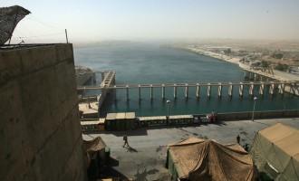 Με κατακλυσμιαίο τσουνάμι ύψους 20 μέτρων απειλείται το Ιράκ