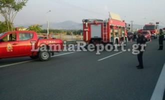 Τέθηκε υπό έλεγχο η πυρκαγιά σε βυτιοφόρο, κανονικά η κυκλοφορία στη Αθηνών – Λαμίας