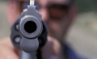 Πυροβόλησαν άνδρα στο κεφάλι στην Ελευσίνα