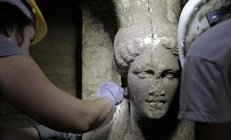 Τα μαζεύει ο Τασούλας: Δεν είπα ότι ο τάφος δεν ανήκει στον Μέγα Αλέξανδρο