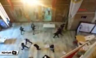 Τουρκία – ΣΟΚ: Τζιχαντιστές βαράνε φοιτητές στο Πανεπιστήμιο (βίντεο)
