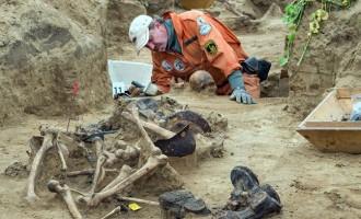 Βρήκαν τάφους με δεκάδες σκελετούς ναζί στο Βερολίνο (φωτογραφίες)