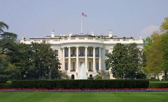 Αποχωρεί από την αμερικανική κυβέρνηση ο υπουργός Εσωτερικών Ράιαν Ζίνκε