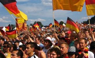 Το 81% των Γερμανών θέλει την Ελλάδα  έξω από το ευρώ