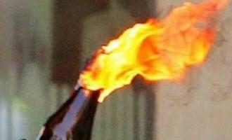 Θησείο: Συνελήφθησαν πέντε ανήλικοι που είχαν στην κατοχή τους μπουκάλια με βενζίνη
