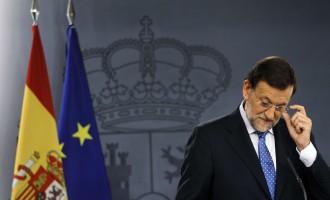 """Τα Panama Papers """"έφαγαν"""" υπουργό του Ραχόι στην Ισπανία"""