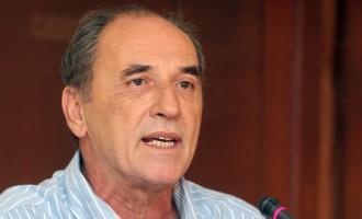 Σταθάκης: Δεν θα υποχωρήσουμε για περικοπές και υφεσιακά μέτρα