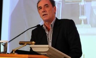 Ο Σταθάκης προαναγγέλει το τελικό σχέδιο για τα κόκκινα δάνεια των επιχειρήσεων