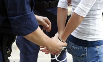 Συνελήφθη 34χρονη επειδή δεν ενημέρωσε εγκαίρως για την εξαφάνιση της κόρης της