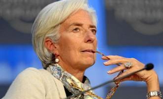 Αφόρητη πίεση από τη Λαγκάρντ που μιλά για πιθανότητα Grexit