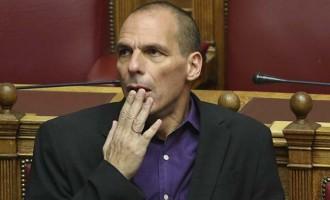 Απών από την ψηφοφορία ο Βαρουφάκης- Τι είπε ο ίδιος