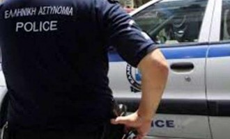 Αγρίνιο: 88χρονη έκρυβε ηρωίνη μέσα στο σουτιέν της