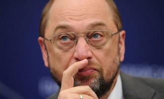 O Σουλτς είναι αποφασισμένος να αναλάβει υπουργείο στη νέα κυβέρνηση