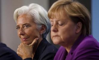 Κάνει πίσω η Μέρκελ για το ελληνικό χρέος: Τι αντιπροτείνει για την απομείωση του