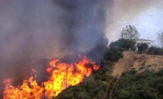 Σε ποιες περιοχές της Ελλάδας υπάρχει μεγάλος κίνδυνος πυρκαγιάς τη Δευτέρα