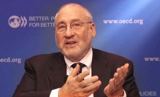 """Στίγκλιτς: """"Οι ΗΠΑ πρέπει να σώσουν την Ελλάδα"""" από τη γερμανική λιτότητα"""