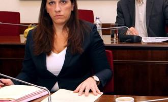 Κωνσταντοπούλου: Αδήριτη ανάγκη η επανένωση της Κύπρου