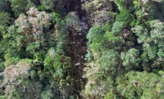 Κανένας επιζών από την συντριβή του αεροπλάνου στην Ινδονησία