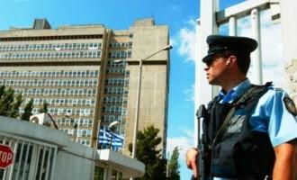 ΣΥΡΙΖΑ: Ο διορισμός Κοντολέοντα ως επικεφαλής της ΕΥΠ εκθέτει τη χώρα σε σοβαρούς κινδύνους