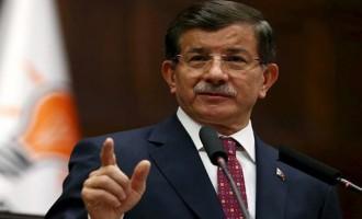 Ο Νταβούτογλου «τόλμησε» – Άσκησε δριμεία κριτική στον Ερντογάν
