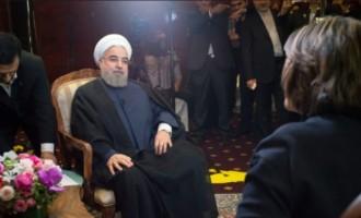 Ροχανί: Να μείνει ο Άσαντ στη Συρία μέχρι να τελειώσουμε με τους τζιχαντιστές